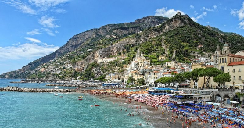 Half-day-Amalfi-Swim-and-Explore-sea