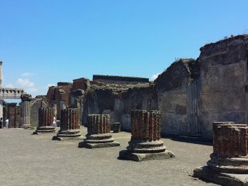 pompeii and herculaneum tours from naples