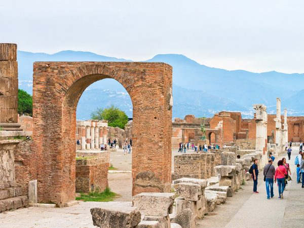 Pompeii-for-kids-ruins