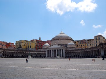 squares of naples