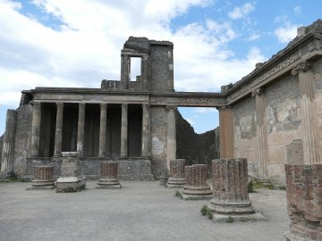 pompeii with kids